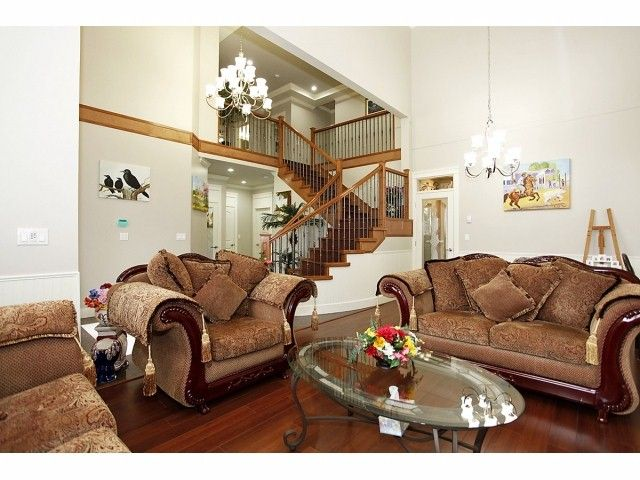 Photo 3: Photos: 9730 153A Street in Surrey: Guildford House for sale (North Surrey)  : MLS®# F1409130