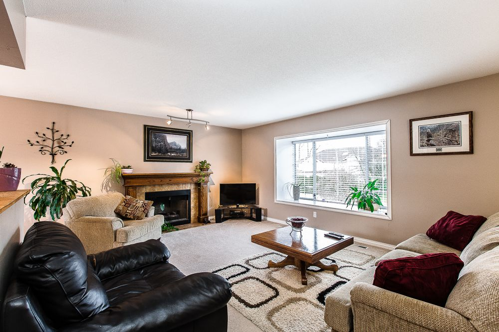 Main Photo: 12452 188th Street in Pitt Meadows: House for sale