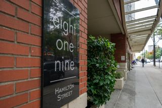 "Photo 1: 305 819 HAMILTON Street in Vancouver: Downtown VW Condo for sale in ""Eight.One.Nine"" (Vancouver West)  : MLS®# R2506322"