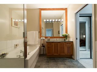 """Photo 17: 404 131 W 3RD Street in North Vancouver: Lower Lonsdale Condo for sale in """"Seascape Landing"""" : MLS®# V1044034"""