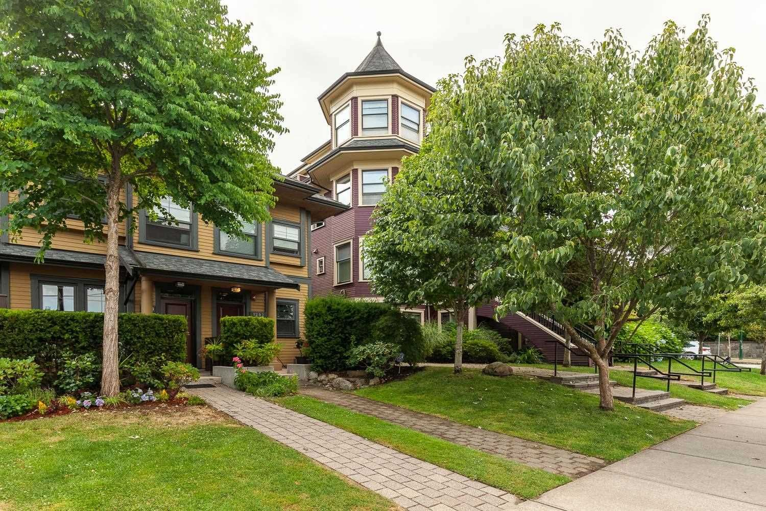 """Main Photo: 1288 SALSBURY Drive in Vancouver: Grandview Woodland Townhouse for sale in """"The Jeffs Residences"""" (Vancouver East)  : MLS®# R2599925"""