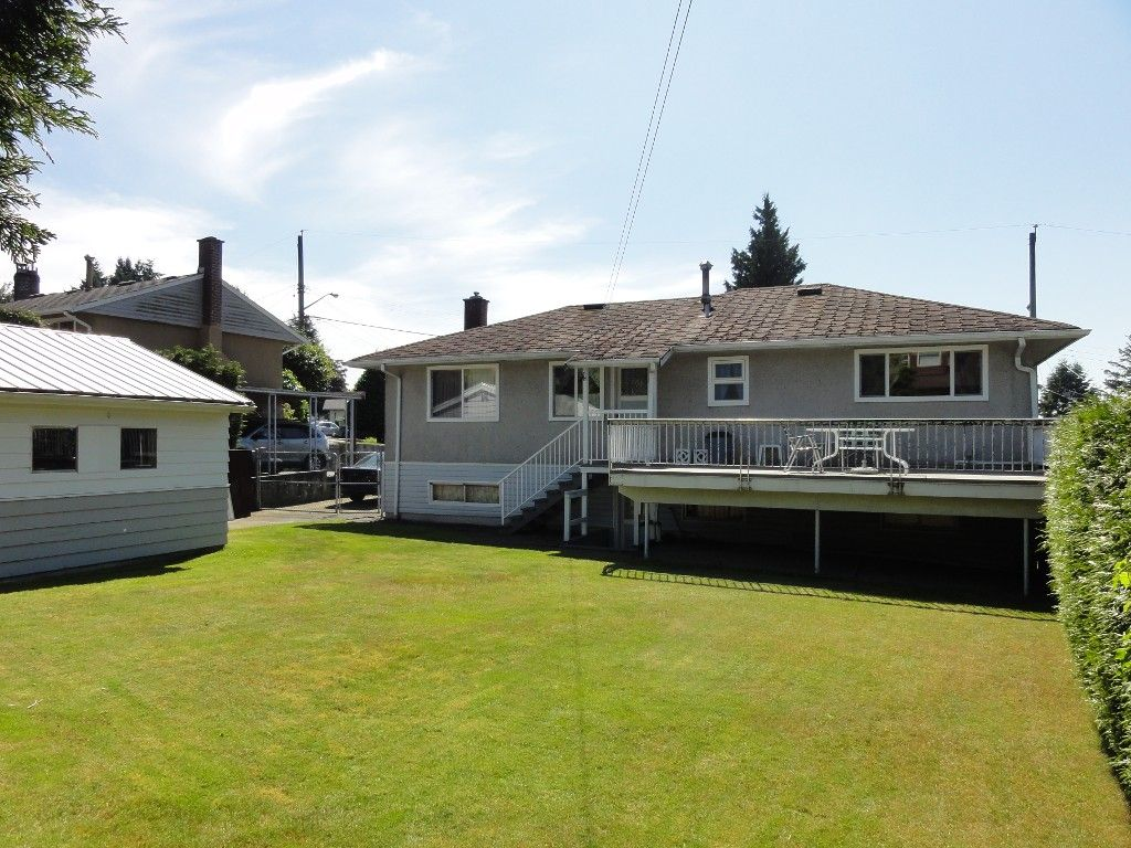 """Photo 11: Photos: 9700 PRINCESS Drive in Surrey: Royal Heights House for sale in """"Royal Heights"""" (North Surrey)  : MLS®# F1218867"""