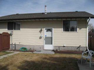 Photo 2: 135 LYNNBROOK Road SE in CALGARY: Lynnwood Riverglen Residential Detached Single Family for sale (Calgary)  : MLS®# C3517272
