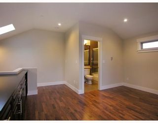 Photo 8: 1198 E 11TH Avenue in Vancouver: Mount Pleasant VE 1/2 Duplex for sale (Vancouver East)  : MLS®# V756732