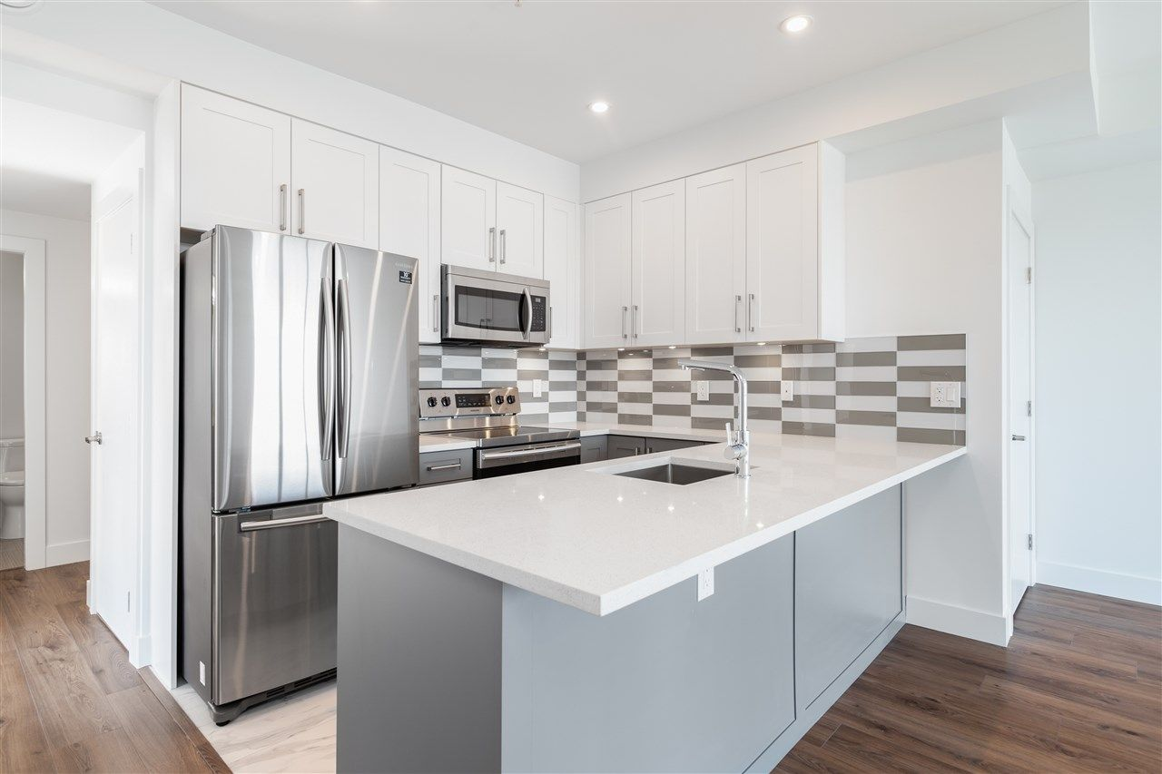 """Main Photo: 501 218 CARNARVON Street in New Westminster: Downtown NW Condo for sale in """"Irving Living"""" : MLS®# R2545873"""
