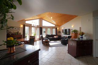 Photo 3: 32149 Road 68 N in Portage la Prairie RM: House for sale : MLS®# 202112201