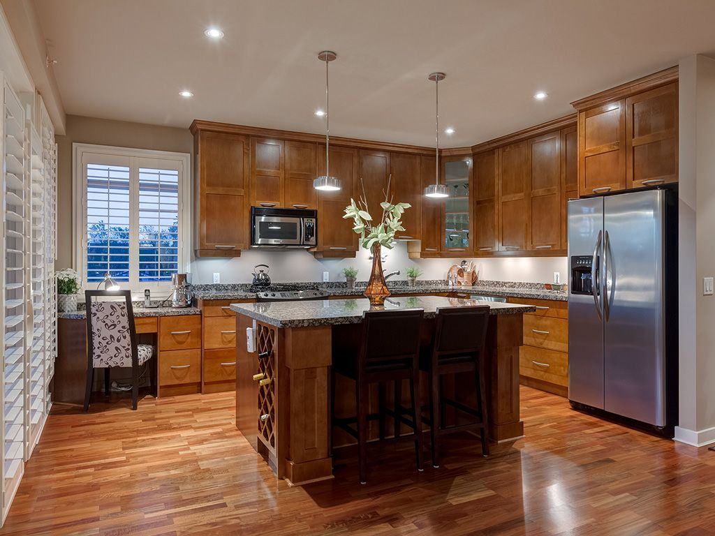 Photo 15: Photos: 306 4108 Stanley Road SW in Calgary: Parkhill_Stanley Prk Condo for sale : MLS®# c4012466