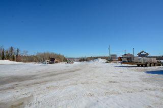 Photo 17: 13652 217 Road in Fort St. John: Fort St. John - Rural E 100th Manufactured Home for sale (Fort St. John (Zone 60))  : MLS®# R2350184