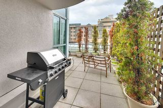 """Photo 2: 301 789 JERVIS Street in Vancouver: West End VW Condo for sale in """"JERVIS COURT"""" (Vancouver West)  : MLS®# R2236913"""