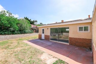 Photo 4: DEL CERRO House for sale : 3 bedrooms : 5355 Fontaine St in San Diego