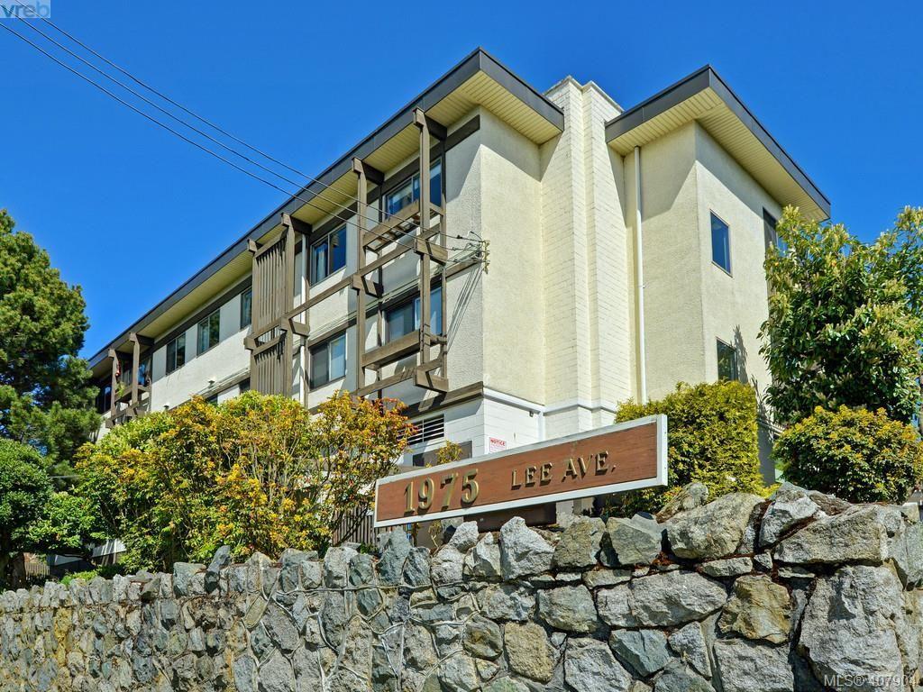 Main Photo: 113 1975 Lee Ave in VICTORIA: Vi Jubilee Condo for sale (Victoria)  : MLS®# 810647