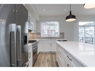 """Photo 8: 25 8370 202B Street in Langley: Willoughby Heights Townhouse for sale in """"Kensington Lofts"""" : MLS®# R2517142"""