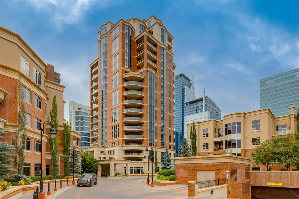 Main Photo: 203 600 Princeton Way SW in Calgary: Eau Claire Apartment for sale : MLS®# A1149625
