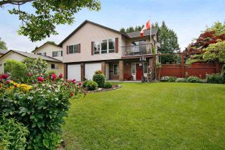 Photo 3: 3702 HARWOOD Crescent in Abbotsford: Central Abbotsford House for sale : MLS®# R2174121