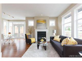Photo 1: A 7886 Wallace Dr in SAANICHTON: CS Saanichton Half Duplex for sale (Central Saanich)  : MLS®# 679924