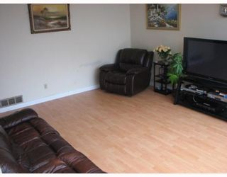 Photo 2: 7051 NO 1 Road in Richmond: Quilchena RI House for sale : MLS®# V785798