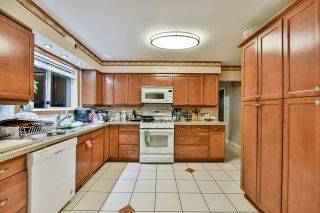 Photo 4: 313 MUNDY Street in Coquitlam: Coquitlam East House for sale : MLS®# R2416321
