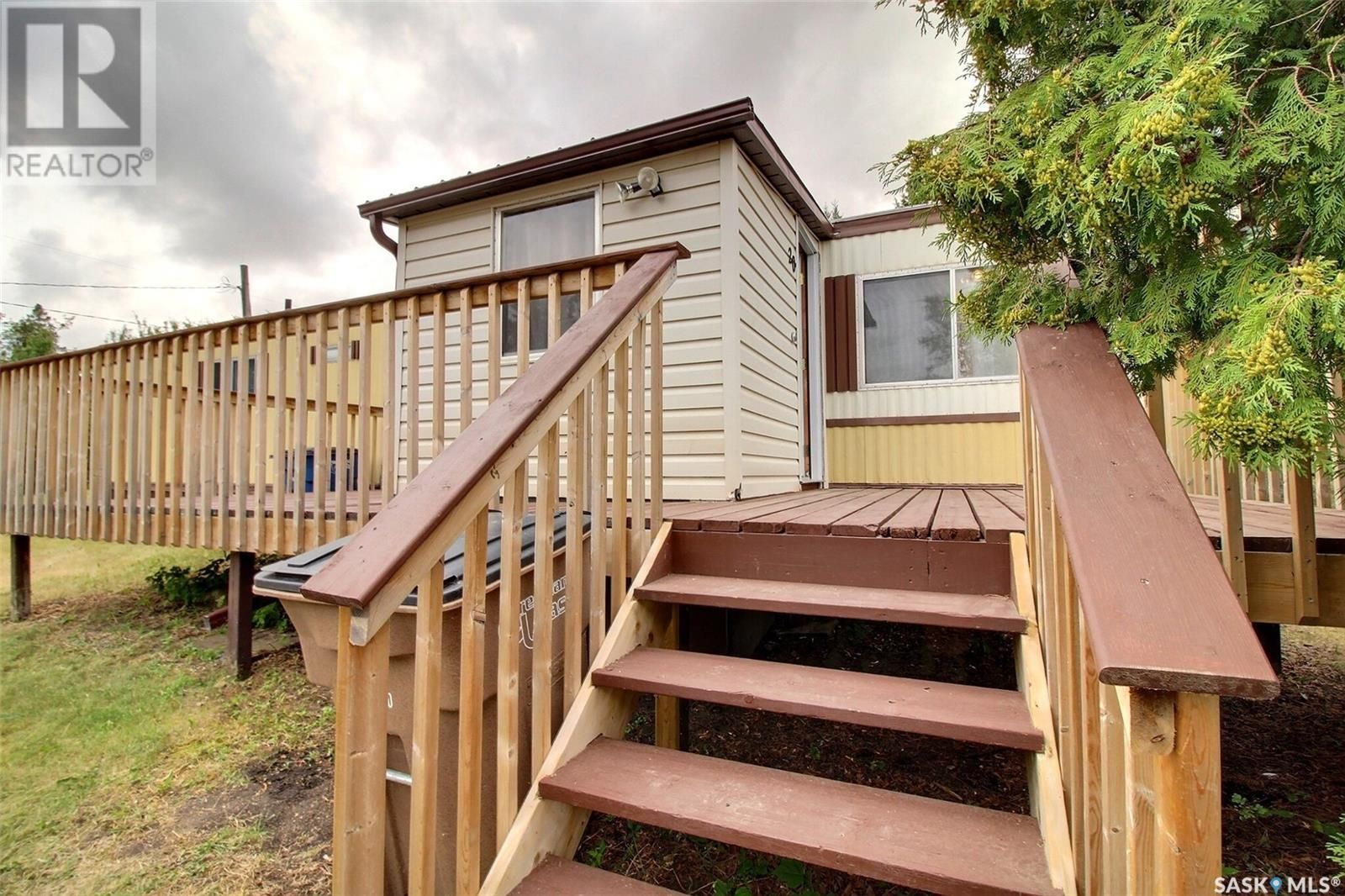 Main Photo: 20 1st ST W in Birch Hills: House for sale : MLS®# SK867485