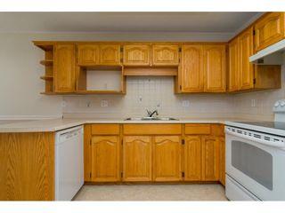 """Photo 9: 60 8889 212 Street in Langley: Walnut Grove Townhouse for sale in """"GARDEN TERRACE"""" : MLS®# R2213745"""