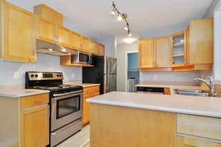 """Photo 10: 303 22722 LOUGHEED Highway in Maple Ridge: East Central Condo for sale in """"Mark's Place"""" : MLS®# R2538251"""