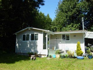 """Photo 1:  in Sechelt: Sechelt District House for sale in """"TSAWCOME"""" (Sunshine Coast)  : MLS®# R2466558"""