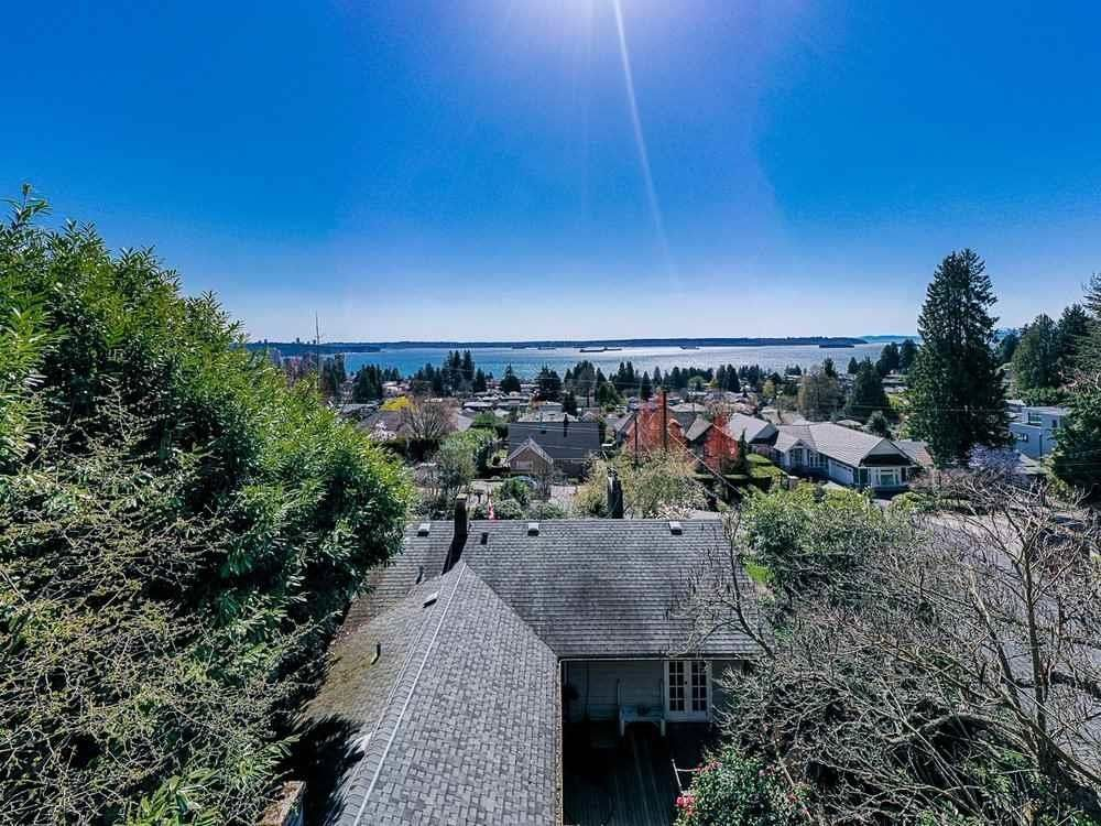 Main Photo: 2463 OTTAWA Avenue in West Vancouver: Dundarave House for sale : MLS®# R2613956
