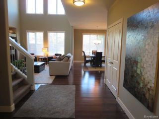 Photo 2: 15 Appletree Crescent in Winnipeg: Bridgwater Forest Residential for sale (1R)  : MLS®# 1720782