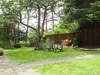 Photo 13: 100 Goward Rd in VICTORIA: SW Prospect Lake House for sale (Saanich West)  : MLS®# 608302