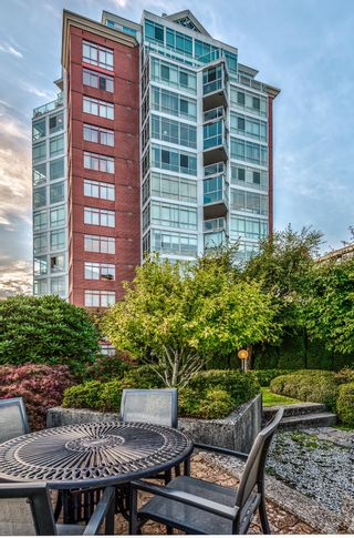 """Photo 2: 802 130 E 2ND Street in North Vancouver: Central Lonsdale Condo for sale in """"The Olympic"""" : MLS®# R2615870"""