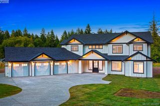 Photo 1: 11317 Hummingbird Pl in NORTH SAANICH: NS Lands End House for sale (North Saanich)  : MLS®# 768448