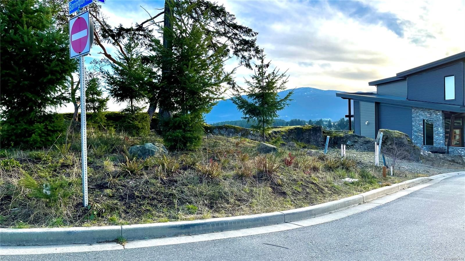 Photo 5: Photos: 103 Amphion Terr in : Na Departure Bay Land for sale (Nanaimo)  : MLS®# 885478