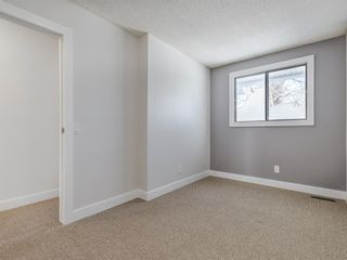Photo 18: 40 6915 Ranchview Drive NW in Calgary: Ranchlands Row/Townhouse for sale : MLS®# A1067742