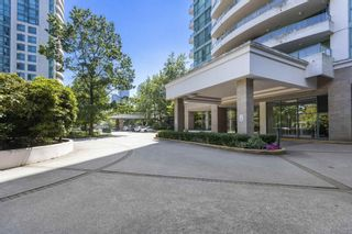 """Photo 2: 802 5899 WILSON Avenue in Burnaby: Central Park BS Condo for sale in """"PARAMOUNT 2"""" (Burnaby South)  : MLS®# R2600399"""