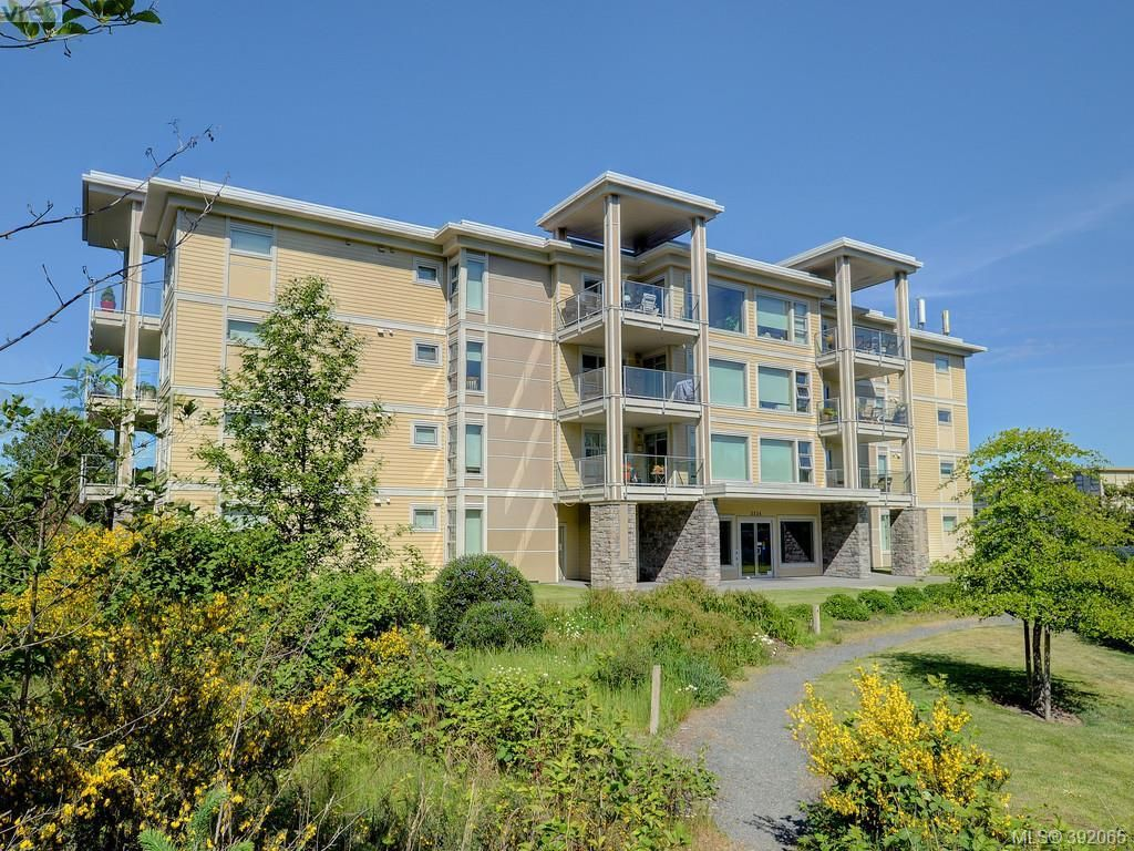 Main Photo: 405 3234 Holgate Lane in VICTORIA: Co Lagoon Condo for sale (Colwood)  : MLS®# 788132