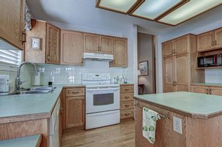 Photo 12: 106 Sierra Morena Green SW in Calgary: Signal Hill Semi Detached for sale : MLS®# A1106708