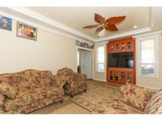 Photo 12: 12550 89A Avenue in Surrey: Queen Mary Park Surrey House for sale : MLS®# F1438329