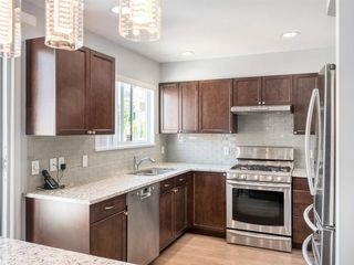 Photo 12: 6 232 E 6TH Street in North Vancouver: Lower Lonsdale Townhouse for sale : MLS®# R2393967