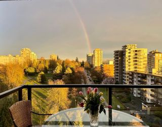 """Photo 2: PH2 683 W VICTORIA Park in North Vancouver: Lower Lonsdale Condo for sale in """"MIRA ON THE PARK"""" : MLS®# R2581908"""