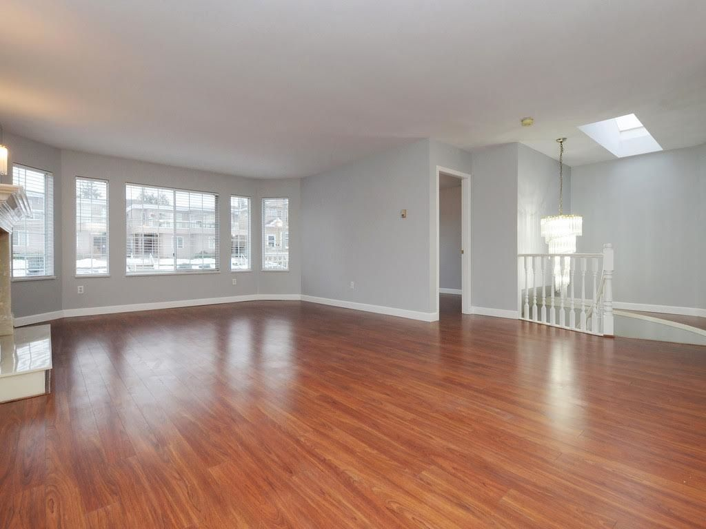 Photo 4: Photos: 5521 NORFOLK Street in Burnaby: Central BN House for sale (Burnaby North)  : MLS®# R2139065