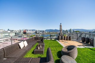 """Main Photo: 1603 89 W 2ND Avenue in Vancouver: False Creek Condo for sale in """"PINNACLE LIVING FALSE CREEK"""" (Vancouver West)  : MLS®# R2621786"""