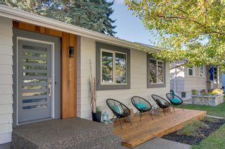 Photo 3: 10815 Maplecreek Drive SE in Calgary: Maple Ridge Detached for sale : MLS®# A1038611