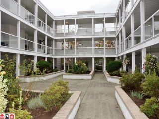 """Photo 10: 106 20240 54A Avenue in Langley: Langley City Condo for sale in """"ARBUTUS COURT"""" : MLS®# F1224337"""