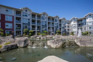 "Photo 19: 301 4600 WESTWATER Drive in Richmond: Steveston South Condo for sale in ""COPPER SKY EAST"" : MLS®# R2343805"