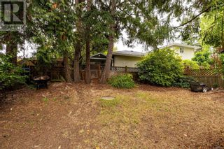 Photo 30: 2115 Chambers St in Victoria: House for sale : MLS®# 886401