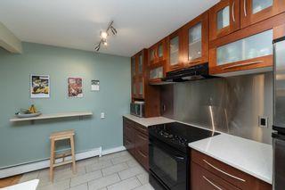 Photo 5: 301 10745 83 Avenue in Edmonton: Zone 15 Condo for sale : MLS®# E4259103