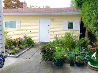 Photo 3: 7851 WATERTON Drive in Richmond: Broadmoor House for sale : MLS®# R2097641