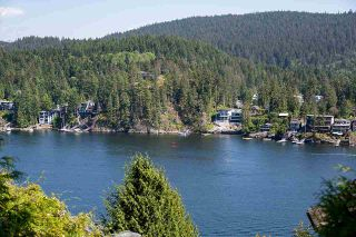 Photo 3: 4761 COVE CLIFF Road in North Vancouver: Deep Cove House for sale : MLS®# R2584164