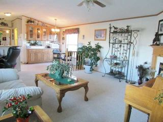 """Photo 11: 5395 230TH Road: Taylor Manufactured Home for sale in """"SOUTH TAYLOR"""" (Fort St. John (Zone 60))  : MLS®# N240220"""