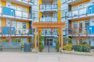 Photo 19: 307 935 Cloverdale Ave in : SE Quadra Condo for sale (Saanich East)  : MLS®# 871310