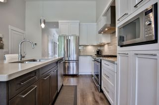 """Photo 8: 41 22057 49 Avenue in Langley: Murrayville Townhouse for sale in """"HERITAGE"""" : MLS®# R2493001"""